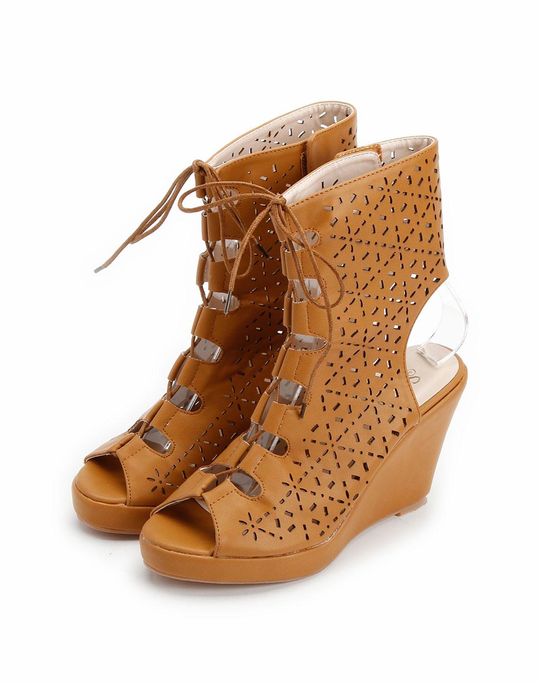 棕色镂空系带防水台坡跟凉靴