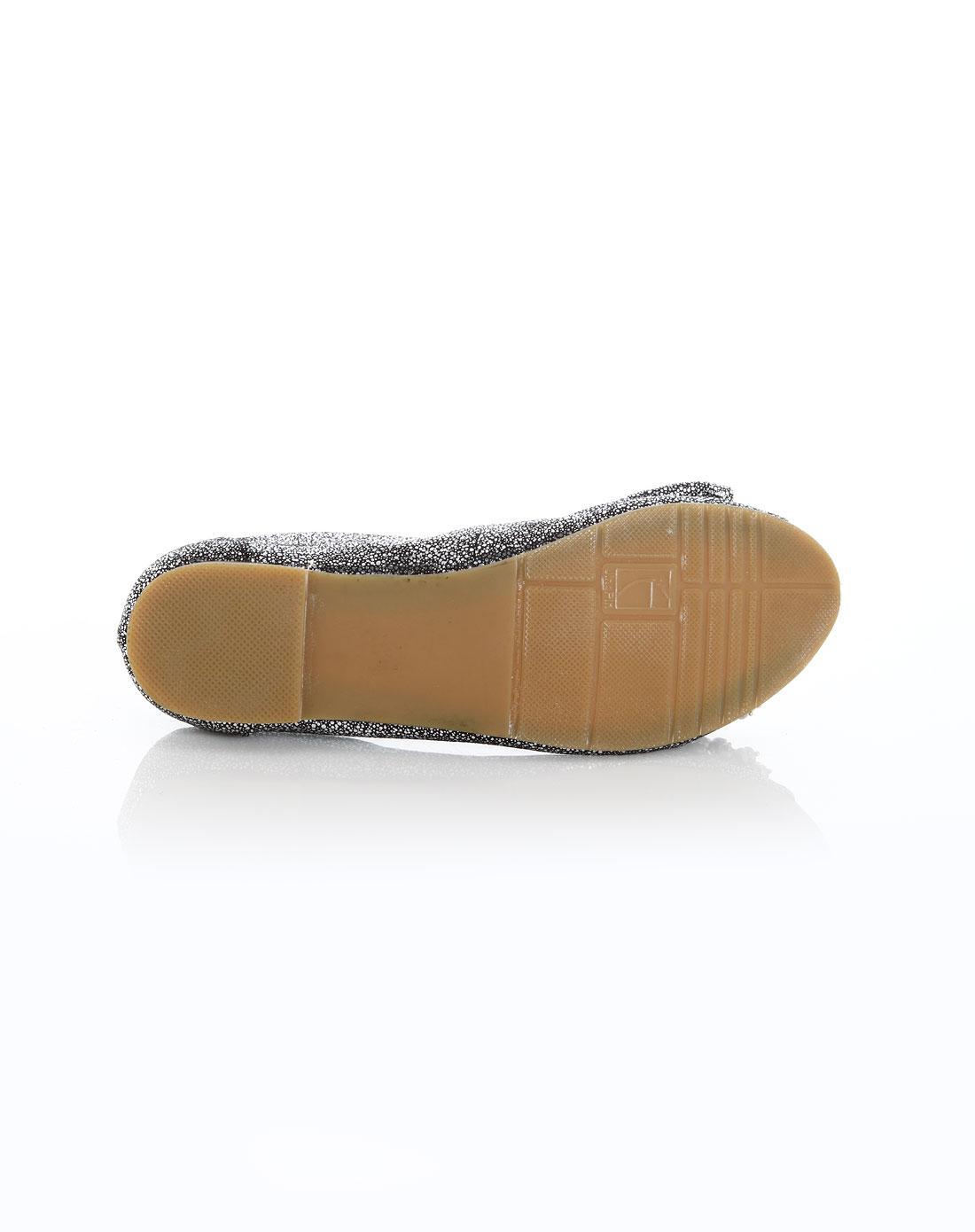 鱼嘴橡胶底凉鞋
